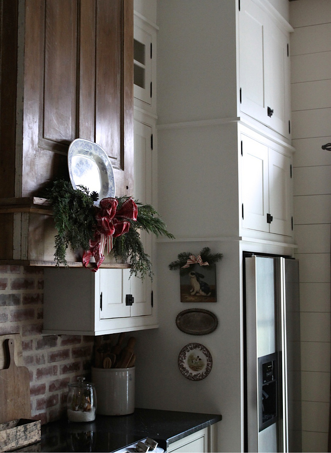 Famrhouse Kitchen Christmas Mantel Decor