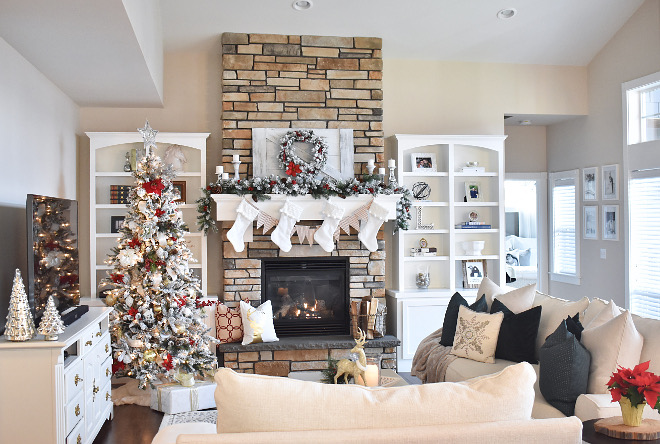 Christmas Living room Ideas Christmas Living room Ideas #ChristmasLivingroomIdeas Home Bunch's Beautiful Homes of Instagram