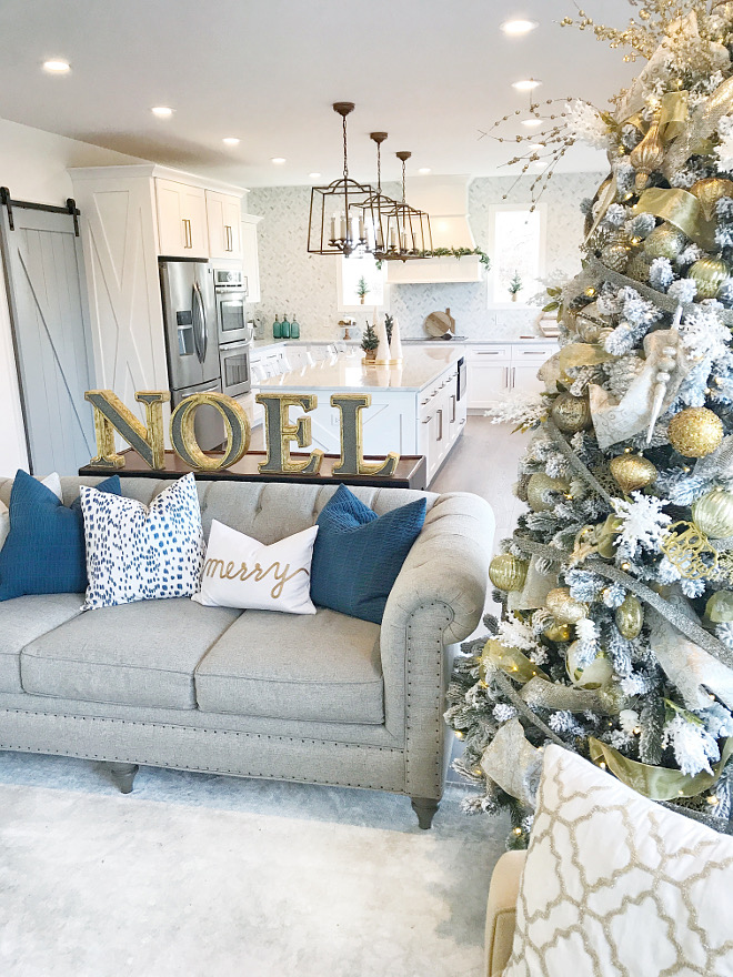 Modern Farmhouse Christmas Modern Farmhouse Christmas Modern Farmhouse Christmas Modern Farmhouse Christmas Modern Farmhouse Christmas #ModernFarmhouseChristmas Home Bunch Beautiful Homes of Instagram
