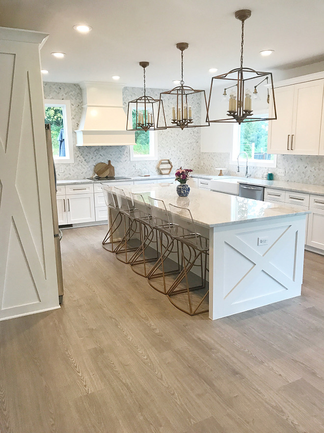 Modern Farmhouse Kitchen with X detail on island ends and side of fridge cabinet Kitchen with X detail on island ends and side of fridge cabinet #kitchen #Xislanddetail #xcabinet Home Bunch Beautiful Homes of Instagram