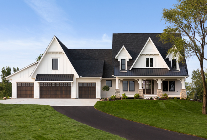 Four car garage home exterior Four car garage home exteriors Four car garage home exterior design ideas #fourcargaragehome #fourcargaragehomeexterior