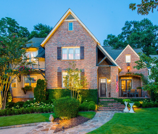 Benjamin Moore Briarwood Brick exterior home with Benjamin Moore Briarwood siding The brick exterior is existent shingle and trim paint color is Benjamin Moore Briarwood