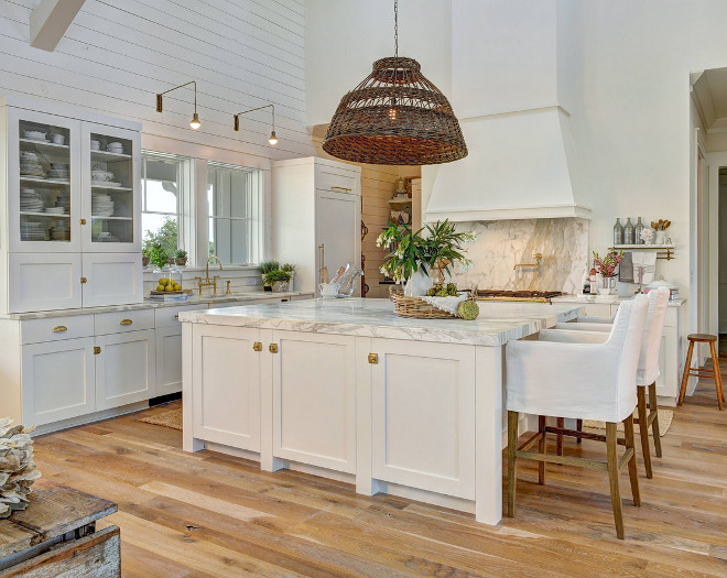Coastal Farmhouse Decor: White Beach Style Kitchen With Shiplap