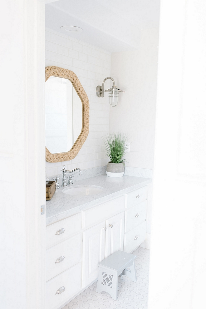 White bathroom paint color Decorator's white by Benjamin Moore White bathroom paint color Decorator's white by Benjamin Moore