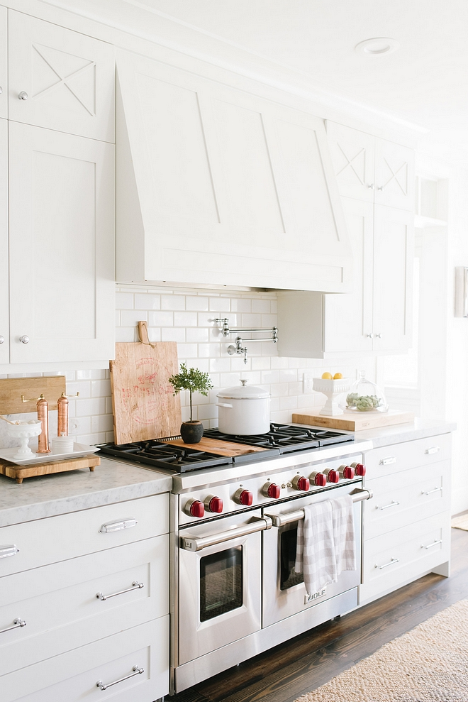 Decorator's White by Benjamin Moore White kitchen color Decorator's White by Benjamin Moore