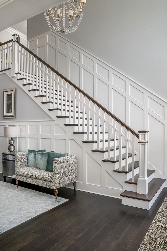 Benjamin Moore Decorator's white trim color