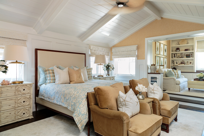 Master Bedroom with sitting area Vaulted ceiling Master Bedroom with sitting area Master Bedroom with sitting area