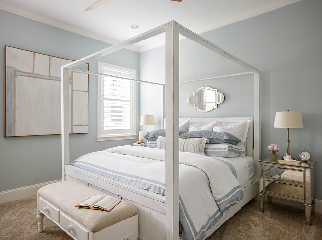 Pale Smoke by Benjamin Moore Wall Color