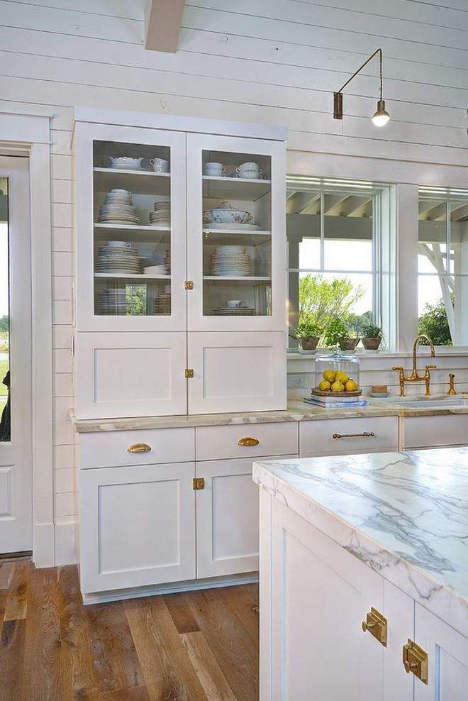 unlacquered brass Hardware Kitchen with unlacquered brass Hardware pros cons unlacquered brass Hardware