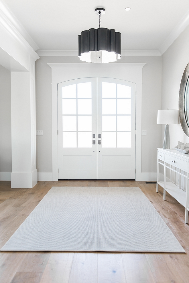 Chantilly Lace OC-23 by Benjamin Moore Trim Color Interior Doors Paint Color