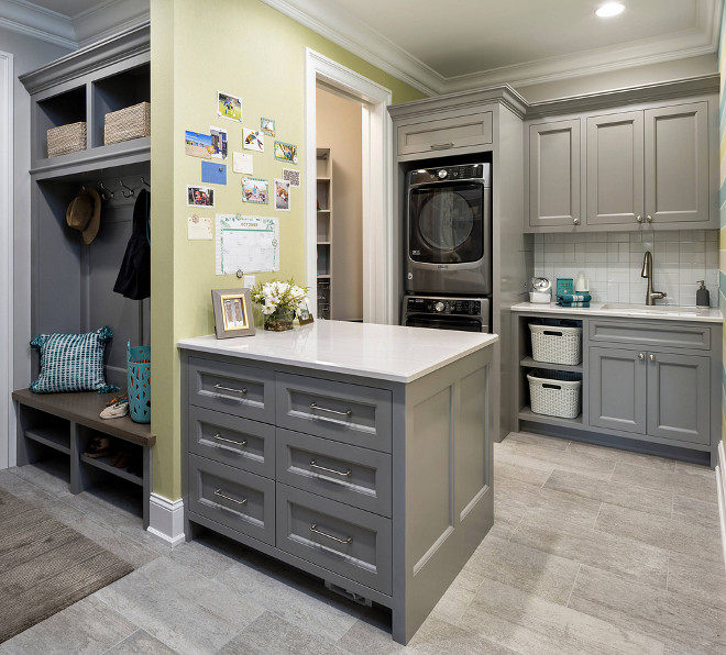 Mudroom laundry room with peninsula island layout Mudroom laundry room with peninsula island layout ideas