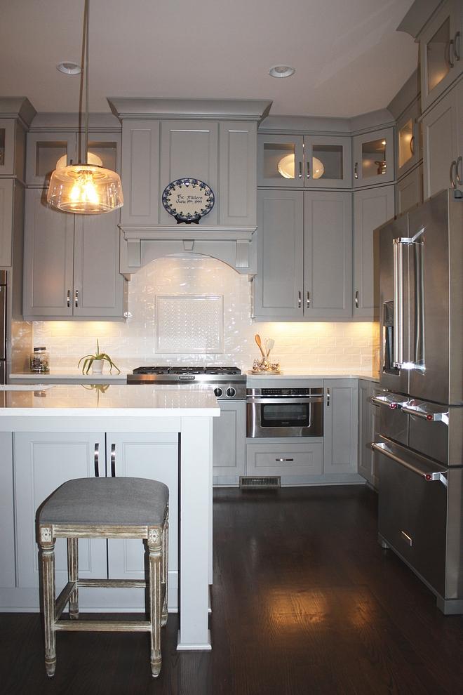 Grey kitchen with grey kitchen island