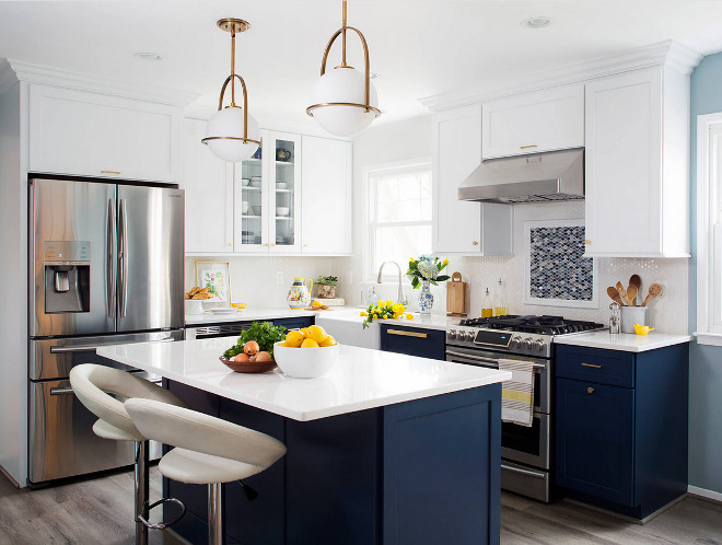 Two-toned Blue and white kitchen