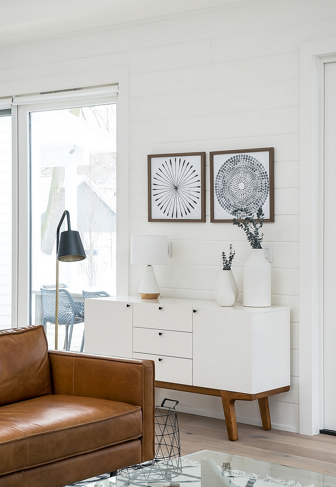 Benjamin Moore OC-117 Simply White Shiplap walls painted in Benjamin Moore OC-117 Simply White
