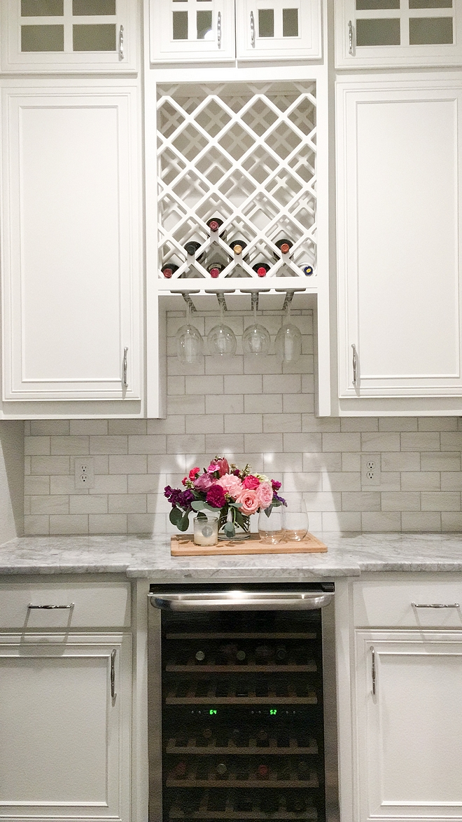 Backsplash Daltile M313 Contempo White Marble tile Grout color Platinum Countertop is Superwhite Quartzite