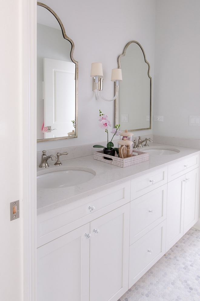 Bathroom mirrors source on Home Bunch Bathroom mirror ideas mirrors