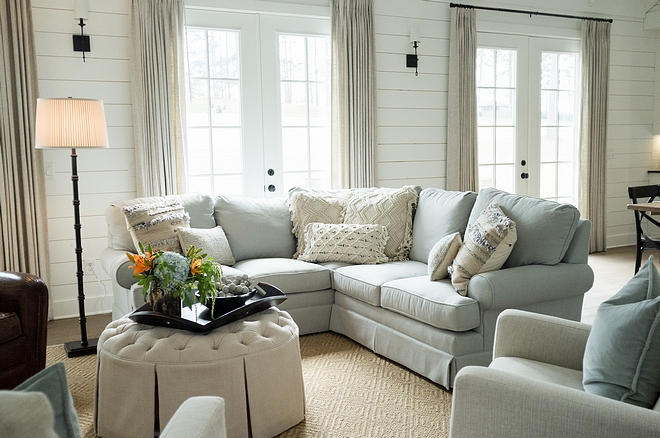 Shiplap paint color Benjamin Moore Shiplap paint color Benjamin Moore Chantilly Lace Paint Color Shiplap