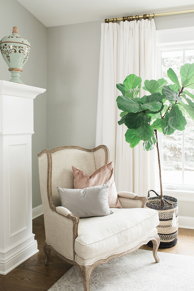 Harbor Gray by Benjamin Moore wall color Harbor Gray by Benjamin Moore Harbor Gray by Benjamin Moore color on walls Harbor Gray by Benjamin Moore grey paint color #HarborGraybyBenjaminMoore #HarborGrayBenjaminMoore #graypaintcolors #BenjaminMoore