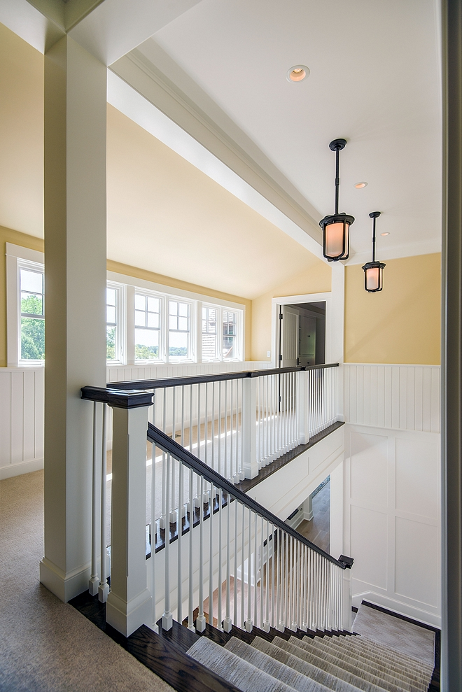 Craftsman-style Staircase Cottage Craftsman-style Staircase Ideas Craftsman-style Staircase Design Craftsman-style Staircase Runner lighting source on Home Bunch
