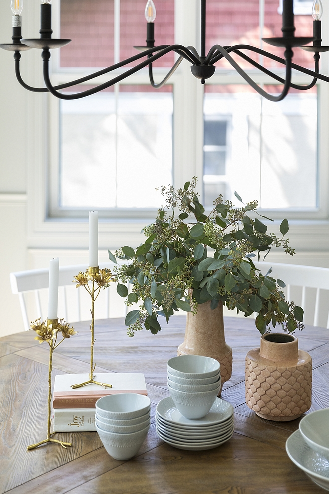 Dining Table Decor Easy ideas for everyday Dining Table Decor Dining Table Decor #DiningTableDecor