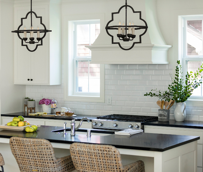 Backsplash Kitchen Backsplash White Beveled Subway Tile Kitchen Backsplash White Beveled Subway Tile #KitchenBacksplash #WhiteBeveledSubwayTile