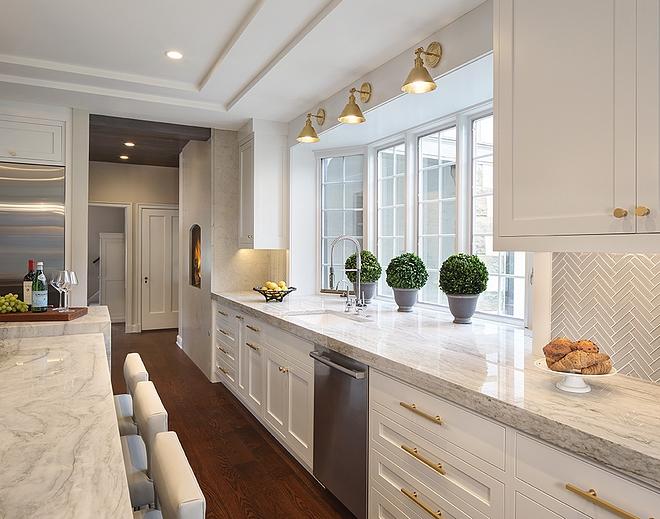 White Pearl quartzite Kitchen Countertops are White Pearl quartzite White Pearl quartzite #kitchen #countertop #WhitePearlquartzite #quartzite