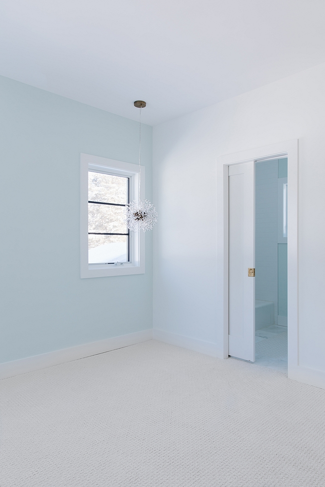 Sherwin Williams Glimmer Soft paint colors for kids bedroom and bathrooms Sherwin Williams Glimmer Sherwin Williams Glimmer #SherwinWilliamsGlimmer