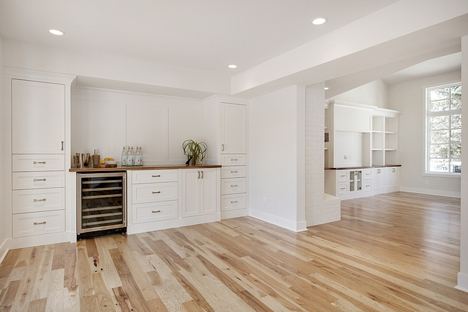Dining room cabinet Dining room buffet cabinet Dining room floor to ceiling cabinet offering plenty of storage The living room opens directly to a dining area with custom bar/buffet cabinet #diningroomcabinet #diningroom #customcabinet #diningroomcabinet