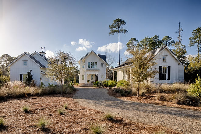 Palmetto Bluff, South Carolina Home Design Palmetto Bluff, South Carolina Home with detached garage and guest cottage Palmetto Bluff, South Carolina Home Design #PalmettoBluff #SouthCarolina #HomeDesign