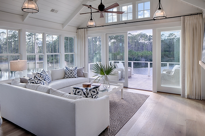 White interiors White farmhouse interiors White interior White interior ideas #Whiteinteriors #Whitefarmhouseinteriors