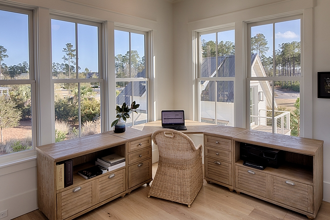 L-shaped desk White Oak L-shaped desk Desk Home office with l-shaled White Oak Desk #desk #homeoffice #lshapeddesk #whiteoakdesk
