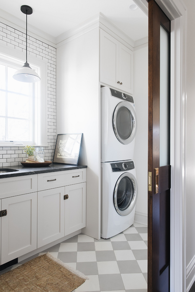 Benjamin Moore Classic Gray Laundry room cabinet and trim paint color soft grey pale grey cabinet paint color almost white grey cabinet paint color Benjamin Moore Classic Gray #BenjaminMooreClassicGray #greypaintcolor #greycabinet #palegrey #softgrey