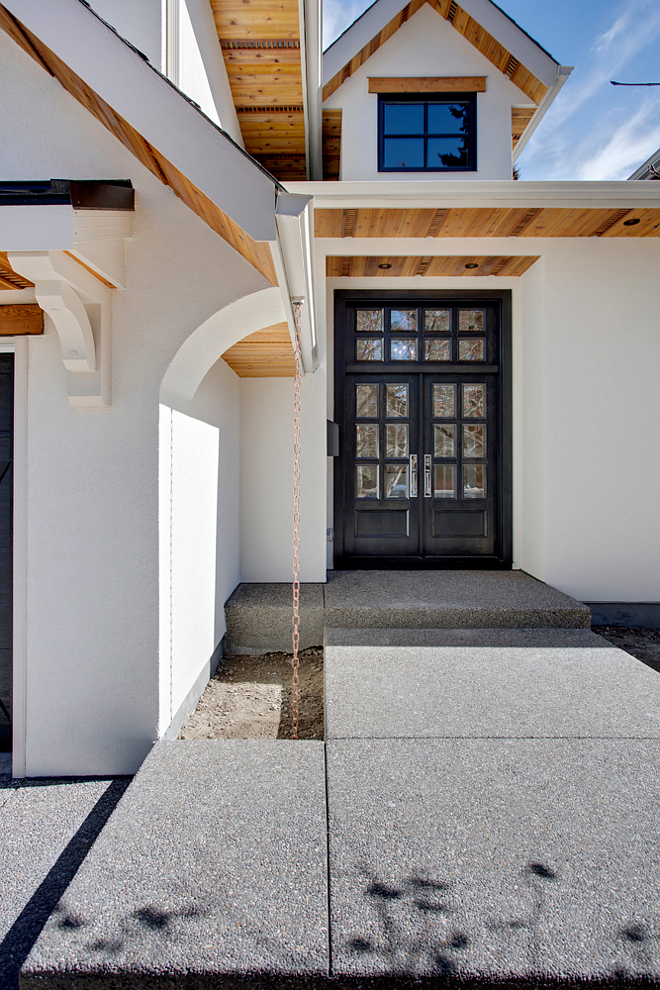 Black Door Modern Farmhouse Black Door Black front Door Modern Farmhouse Black Door Front door is custom, stained black on the exterior and lacquered to match the trim on the interior Black Door Modern Farmhouse Black Door #BlackDoor #ModernFarmhouse #BlackFrontDoor