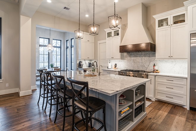 Sherwin Williams Agreeable Gray kitchen paint color Sherwin Williams Agreeable Gray Sherwin Williams Agreeable Gray #SherwinWilliamsAgreeableGray