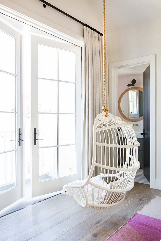 White Rattan Hanging Chair Bedroom Hanging Chair Hanging Chair White rattan Hanging Chair #whiterattanHangingChair #HangingChair