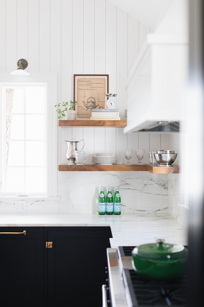 Kitchen shelves L-Shaped Kitchen Bookshelves Chunky L-Shaped Kitchen shelves Chunky Kitchen L-Shaped Kitchen shelves floating chunky shelves #kitchen #shelves #lshapedshelves #kitchenshelves