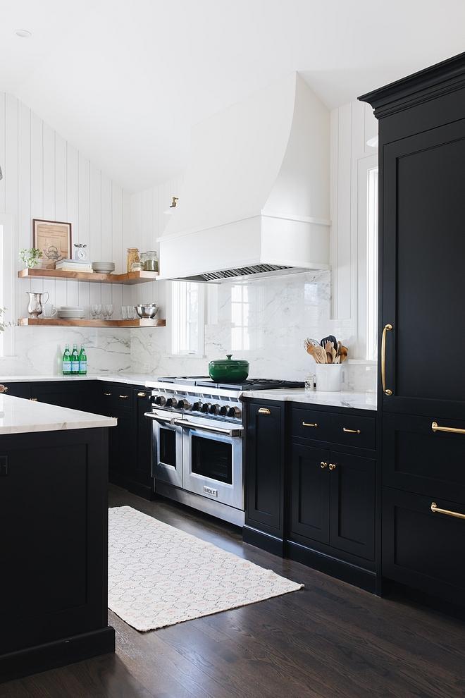 Benjamin Moore Onyx Black Kitchen Cabinet Benjamin Moore Onyx Benjamin Moore Onyx #blackkitchen #blackcabinet #BenjaminMooreOnyx