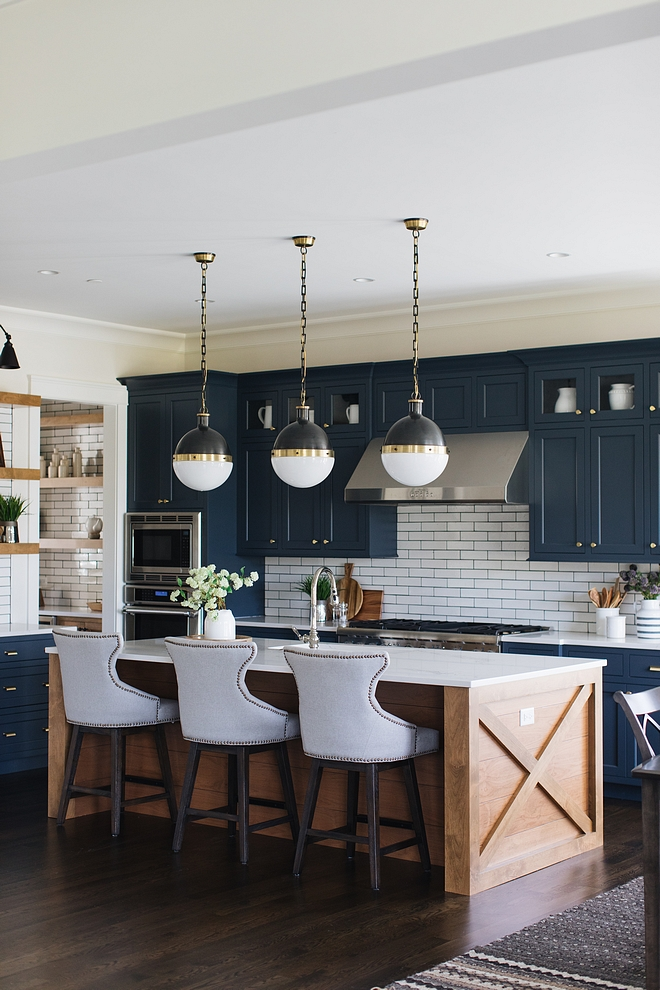 Blue kitchen paint color Benjamin Moore Blue Note Popular Paint Color for Blue Kitchens Blue kitchen paint color Benjamin Moore Blue Note #Bluekitchen #paintcolor #BenjaminMooreBlueNote