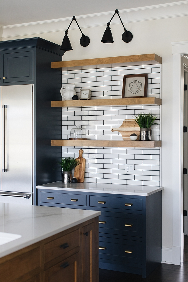 Kitchen Floating Shelves Farmhouse Kitchen Floating Shelves Kitchen Floating Shelves #Kitchen #FloatingShelves