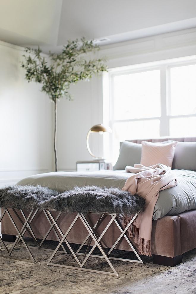 Grey Faux Fur Bench Bedroom Grey Faux Fur Bench source on Home Bunch Grey Faux Fur Bench with metal base #GreyFauxFurBench #FauxFurBench