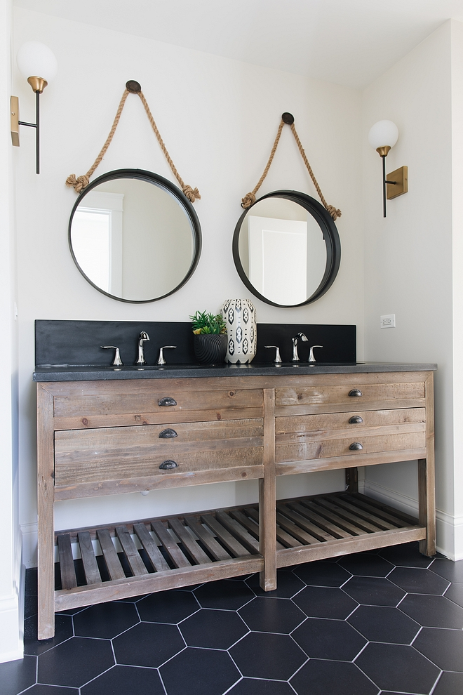 Benjamin Moore Classic Gray OC-23 Rustic in wood, black and white farmhouse bathroom #BenjaminMooreClassicGrayOC23 #BenjaminMooreClassicGray