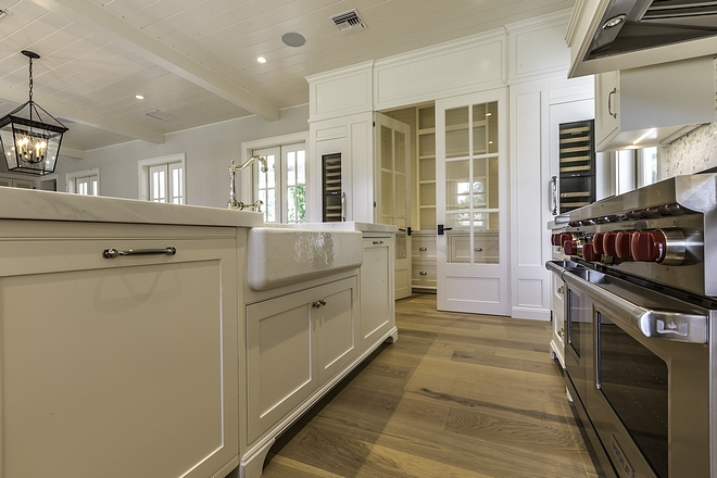 White Dove by Benjamin Moore Shaker Kitchen Cabinet Kitchen White Kitchen White Dove by Benjamin Moore Shaker Kitchen Cabinet White Dove by Benjamin Moore Shaker Kitchen Cabinet White Dove by Benjamin Moore Shaker Kitchen Cabinet White Dove by Benjamin Moore Shaker Kitchen Cabinet #WhiteDoveBenjaminMoore #ShakerKitchenCabinet #Cabinet