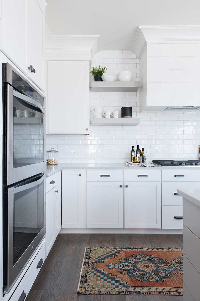 Benjamin Moore Simply White: Popular Kitchen Cabinet Styles