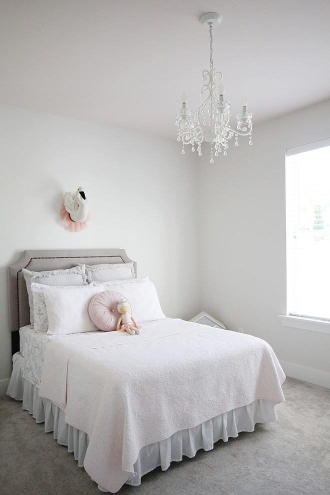 Wall Color - Zurich White by Sherwin Williams
