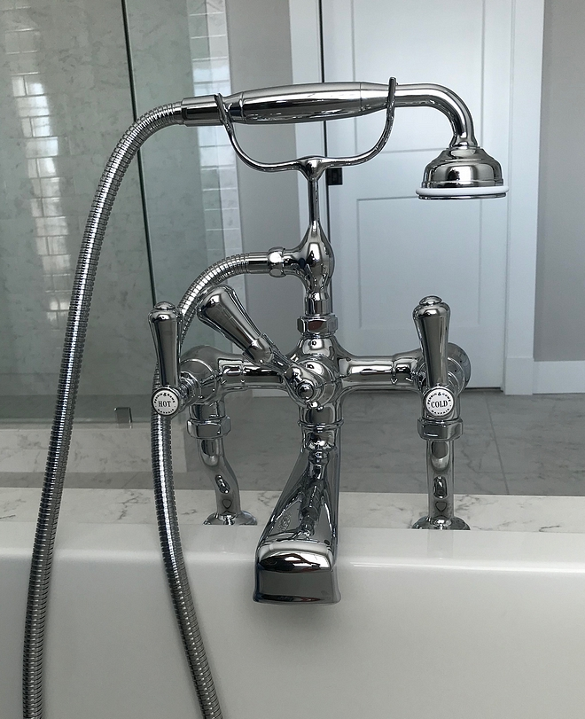 Classic Tub Filler Bathroom Classic Tub Filler Ideas Classic Tub Filler sources Classic Tub Filler Classic Tub Filler The tub filler adds a nice decorative element to this beautiful bath nook #ClassicTubFiller #TubFiller