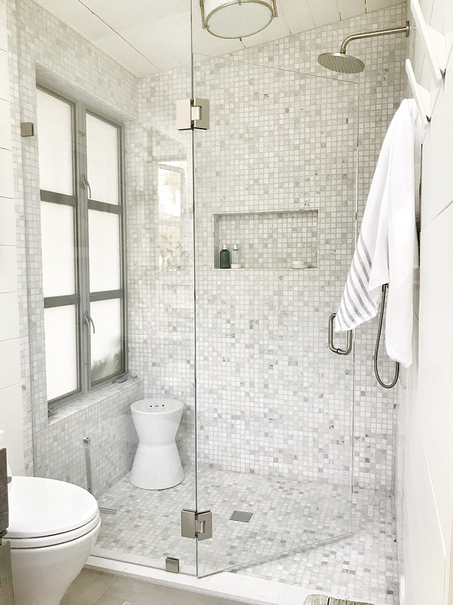 Shower Marble Mosaic Tile Neutral Marble Mosaic tile Shower tile The shower tiles are a marble mosaic #marblemosaic #marblemosaictile #showermarblemosaic