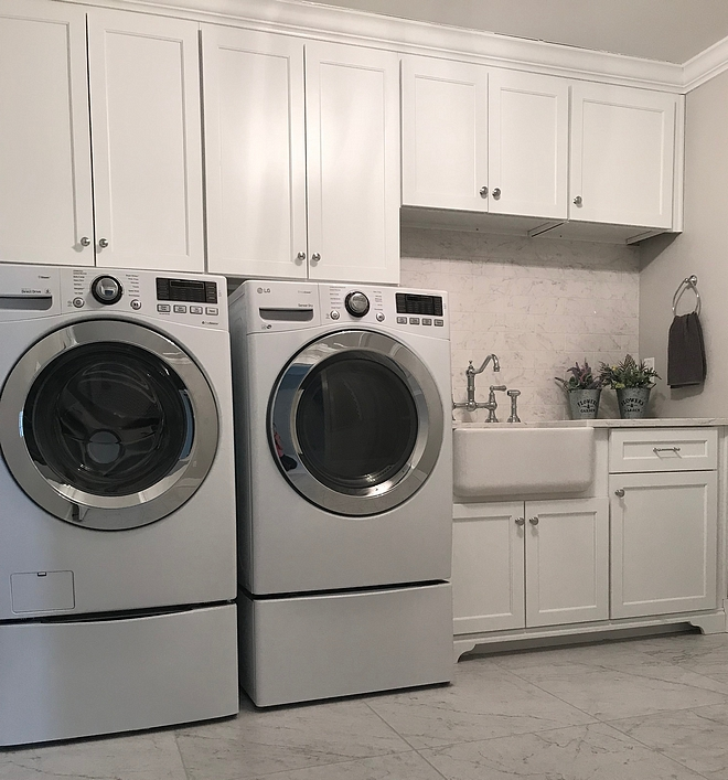 White Laundry room shaker style cabinet and 24x24 white marble floor tile White Laundry room shaker style cabinet White Laundry room shaker style cabinet Ideas #WhiteLaundryroom #Laundryroom #shakerstylecabinet