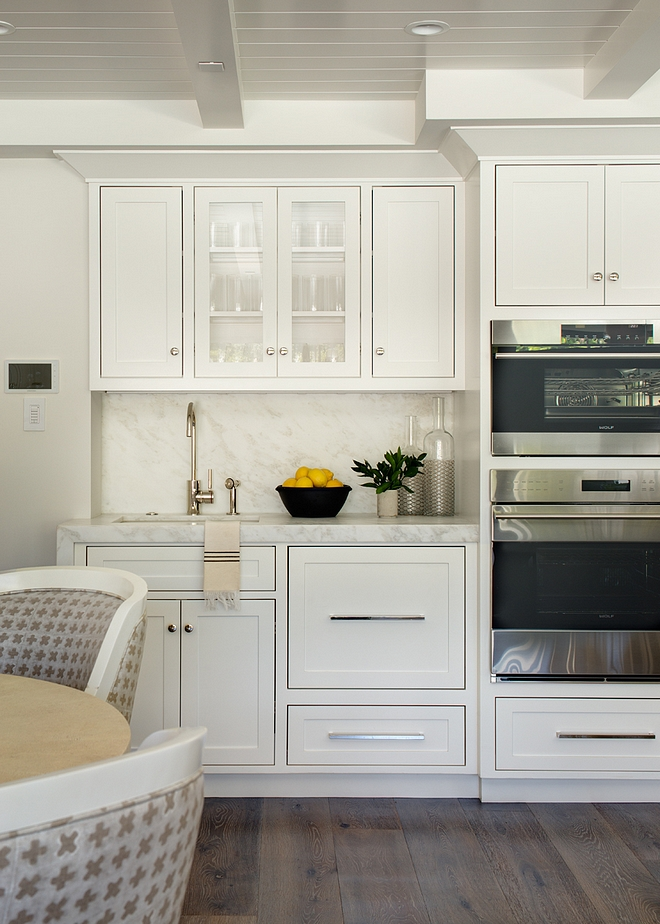 Creamy White Kitchen Cabinet Paint Color All White by Farrow and Ball Durable Paint Color Creamy White Kitchen Cabinet Paint Color works great with Calacatta Gold Countertop Creamy White Kitchen Cabinet Paint Color #CreamyWhite #Kitchen #Cabinet #PaintColor