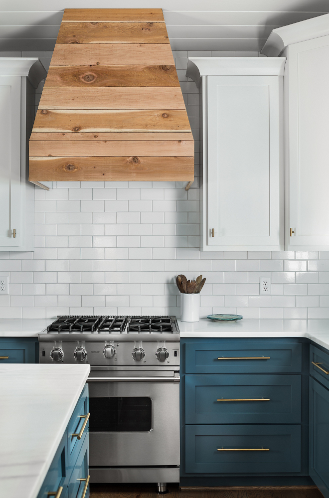 Two Toned Shaker Style Kitchen Cabinet Two Toned Shaker Style Kitchen with shiplap hood Two Toned Shaker Style Kitchen Cabinet Two Toned Shaker Style Kitchen Cabinet #TwoTonedkitchen #ShakerStyleKitchen #ShakerStyleCabinet