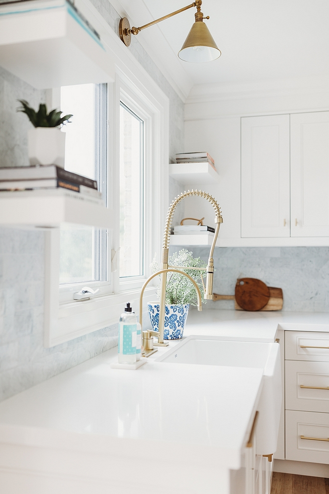 Caesarstone Frosty Carrina Kitchen countertops throughout are Caesarstone Frosty Carrina Caesarstone Frosty Carrina #Caesarstone #Frostycarrina